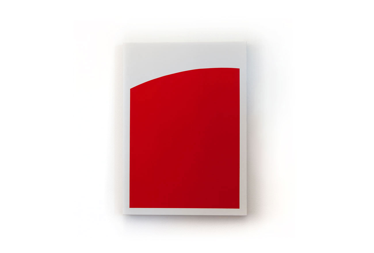 Red-shape-on-white